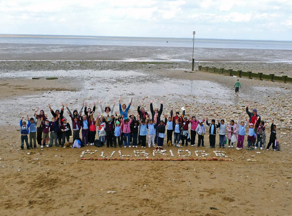 Fulbridge-school-visit-Hunstanton-with-The-Caravan-Gallery